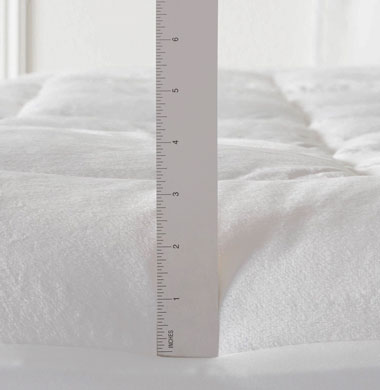 image of 3rd best mattress pad - Pinzon Overfilled