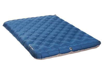 Lightspeed outdoors tpu 2 person airbed review the sleep for Best mattress for lightweight person