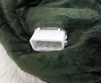 power outlet of the Sherpa mink electric blanket