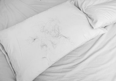hair on pillow after sleep