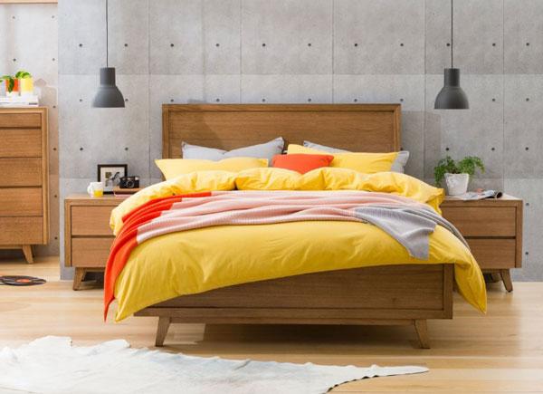 retro style bed