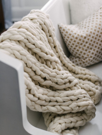 chunky blanket throw