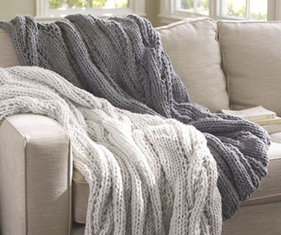 Paulin handmade - voted best knitted blanket
