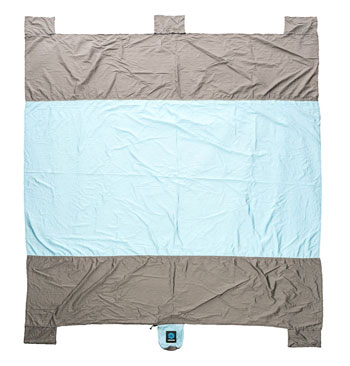 sandless beach blanket full top view