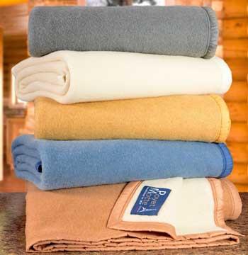 poyet motte blankets stack
