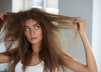 "How to sleep with long hair – Best way to win the ""tangled battle"""